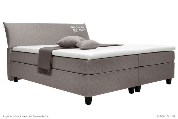 tom tailor boxspringbett color box mit topper betten. Black Bedroom Furniture Sets. Home Design Ideas